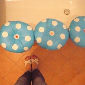Sitzkissen auf Gumminoppenmatte befestigt