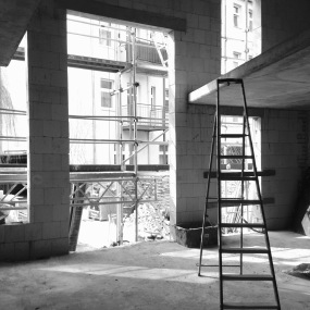 under construction... 3.5m tall windows! ceiling height: 5m!